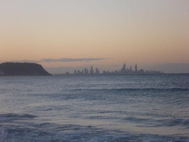 Blick von der Gold Coast nach Brisbane
