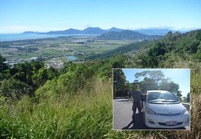 Blick von der Urwaldstraße Richtung Ozean bei Cairns